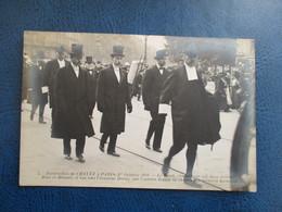 CPA FUNERAILLES DE CHAVEZ A PARIS OCTOBRE 1910 AVIATEUR LE DEUIL CONDUIT PAR SES DEUX FRERES - Funerali