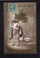 Noël / Joyeux Heureux Noël / Fillette,sapin,traineau - Noël