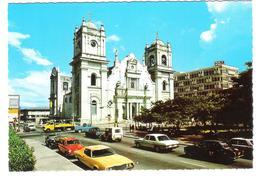 Honduras - Iglesia Catedral San Pedro Sula - Cars - Autos - Jeep - Honduras
