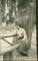 MUJER SENTADA WOMAN SIT OLD FASHION MODA ANTIGUA CIRCA 1930 POSTAL POST CARD -LILHU - Mode