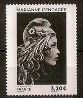 Marianne L'Engagée Adhésive à 3,20 € - Issu Du Carnet Salon D'Automne (2018) - 2018-... Marianne L'Engagée