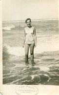 MUJER CON TRAJE DE BAÑO, MODA ANTIGUA / WOMAN WITH SWIMSUIT, OLD FASHION / MAILLOT / CIRCA 1940 PHOTO FOTO -LILHU - Pin-ups