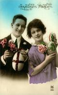 Joyeuses Pâques  Portraits De Jeunes Avec Oeufs Décorés Photo YAS 288 - Easter