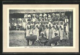 AK Indien, Santhal Women Dancing The Gowarree - Völker & Typen