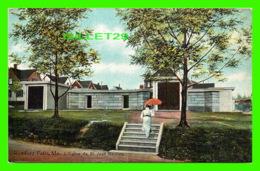 RUMFORD FALLS, ME - L'ÉGLISE DE ST JEAN BAPTISTE -  THE HUGH C. LEIGHTON CO - - United States