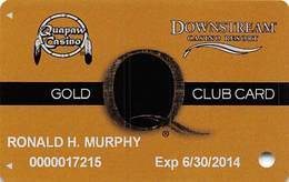 Downstream & Quapaw Casinos Quapaw, OK - 8th Issue Gold Slot Card - PG Over Mag Stripe - Downstream Outlined - Cartes De Casino