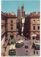 Toulouse: CITROËN  DS, 2x CHAUSSON AUTOCAR APU53, RENAULT AUTOBUS, SCOOTERS - Place Du Capitole, Rue Du Taur - Toerisme