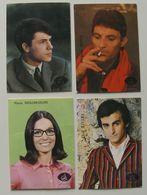 8 Vignettes Anciennes : CELEBRITES - CHANTEURS 1966-67 - Autres Collections