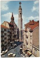 Vichy: CITROËN 2CV, DS, PEUGEOT 404, 204, RENAULT 8, MERCEDES W110 - Eglise St-Blaise - (Allier) - Toerisme