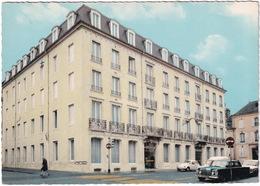 Nancy: MERCEDES W111, RENAULT 4-COMBI, VW 1200 KÄFER/COX, PEUGEOT 204 - Hotel-Restaurant 'Univers', 2. Rue Des Carmes - Toerisme