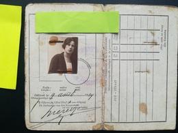 CARTE D IDENTITÉ BELGIQUE AVEC PHOTO NON CONFORME CACHET DE LA COMMUNE ESTOMPÉ DONC ILLISIBLE ANNÉE 1924 - Documents Historiques