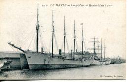N°67684 -cpa Le Havre -cinq Mats Et Quatre Mats à Quai- - Segelboote