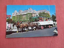Sight Seeing Tally Ho  Victoria B.C.     Ref 3095 - Postcards