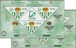 Football 2007. 2 Feuillets Spéciaux Avec Numéro Et 000. Centenaire Du Real Betis Balompié - Clubs Mythiques