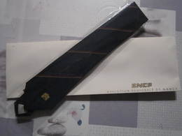 TRES RARE Cravate SNCF Direction Régionale De NANCY Non Utilisée Dans Sa Boite - Chemin De Fer