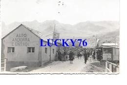 Photo Fiestas De Pas De La Case 1947 Alto Andorra Control (point De Colle Au Verso) - Photographs