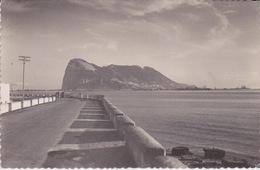 ESPAGNE -GIBRALTAR - LA FRONTIERE DE LA ROUTE D'ESPAGNE AU ROCHER DE GIBRALTAR - Gibraltar