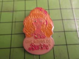 713E Pins Pin's / Rare & De Belle Qualité  THEME : JEUX / POUPEE CLUB DES AMIES DE BARBIE ... Eva Braun ? - Games