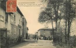 42  - SAINT DENIS SUR COISE - Entrée Du Village Par La Route De St Symphorien Sur Coise - Frankrijk
