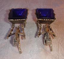Paire De Salerons En Argent Massif Marqué 800 Attelage Chevaux, Verreries Couleur Bleu. Poids Des 2 Chevaux En Argent 14 - Verre & Cristal