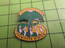 713G Pins Pin's / Rare & De Belle Qualité  THEME : ASSOCIATIONS / FARANDOLEURS CHEMINOTS NIMOIS - Associations