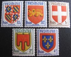 R1692/440 - 1949 - BLASONS DE PROVINCES - N°834 à 838 NEUFS**(3)/NEUFS*(2) - France