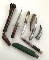 Lot De 4 Poignards Et Une Matraque Dont Un Poignard Afghan - Knives/Swords