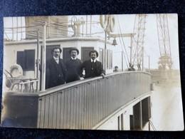NAVIRE Carte Photo De Passagers à Bord D'un Bateau SARTHE Non Identifié - France