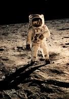 Apollo 11 - Aldrin Marche Sur Le Sol Lunaire, Juillet 69 - Editions Galaxy Contact - Astronomie