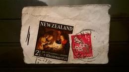 FRANCOBOLLI STAMPS NUOVA ZELANDA NEW ZELAND 1968 SU FRAMMENTO NATALE CHRISTMAS - Nuova Zelanda