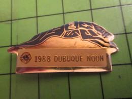 1015a Pins Pin's / Rare & De Belle Qualité  THEME : ANIMAUX / LEVRIER DE COURSE 1988 DUBUQUE NOON - Animals