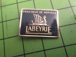1015b Pins Pin's / Rare & De Belle Qualité  THEME : ALIMENTATION / LABEYRIE FRAICHEUR DE NORVEGE DRAKKAR - Food