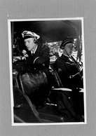 AVIATION . PIERRE MONTEL  Secretaire D'état à L'air  En 1950 Au Cours De Ses Déplacements , Pilote , Matériels , Homme à - Aviation