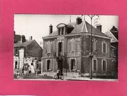 89 Yonne, Cheny, La Mairie, Animée, 1964, (Combier) - Cheny
