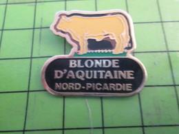 1017 Pins Pin's / Rare & De Belle Qualité  THEME : ANIMAUX / VACHE BLONDE D'AQUITAINE NORD-PICARDIE - Animals