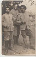 CPA  - PHOTO  DE TROIS MILITAIRES - MON PARRAIN FERDINAND - R. GUILLEMINOT - Guerra 1914-18