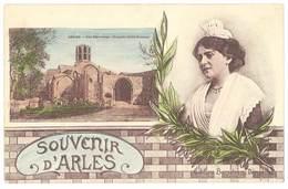 Cpa Souvenir D'Arles ( Arlésienne , Les Alyscamps ) - Arles