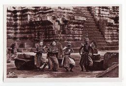 Cambodge   ANGKOR VATH    Danseuses Royales - Cambodia