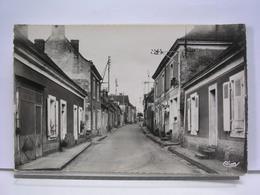 72 - PRUILLE L'EGUILLE - RUE DU DR SALMON - ANIMEE - Autres Communes