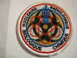 INSIGNE TISSU PATCH DE LA GENDARMERIE NATIONALE RNBC RADIOLOGIQUE NUCLEAIRE BIOLOGIQUE CHIMIQUE AGREE DGGN SUR VELCROS - Police