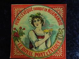 Etiquette Fromage    Pont L'Evêque    Le Royal    Normandie    Costume Normand   Normande 03 - Fromage