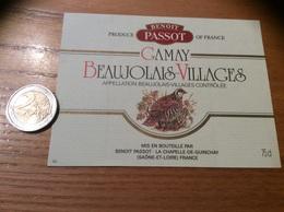 Etiquette Vin «BEAUJOLAIS VILLAGES -GAMAY- BENOÎT PASSOT - LA CHAPELLE-DE-GUINCHAY (71)» (oiseau, Perdrix) - Beaujolais