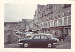 PHOTO 18 Cm X 8,9 Cm AUTO PANHARD PL 17 à CANCALE (35) Le 30 Mars 1961 Devant L'Hôtel Continental - Automobiles