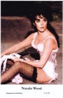 NATALIE WOOD - Film Star Pin Up PHOTO Postcard - Publisher Swiftsure Postcards 2000 - Artistes