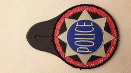 Ecusson-insigne Police -- Occasion -- Pour Collection Et Collectionneur - Police & Gendarmerie