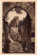 BEYNAC - La Ruelle Montante Conduisant Au Château - Frankreich