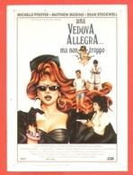 CINEMA-CARTOLINA MANIFESTO FILM-UNA VEDOVA ALLEGRA..MA NON TROPPO-MICHELLE PFEIFFERMATTEW MODINE - Manifesti Su Carta