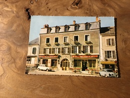 263/ MALESHERBES L HOTEL DE L ECU RENAULT 4L - Malesherbes