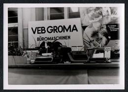 C0320 - Foto - Chemnitz VEB Groma Büromaschinen Schreibmaschine - Photographie