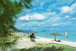 Ile Maurice Mauritius Flic En Flac Animée La Plage De La Pirogue - Maurice